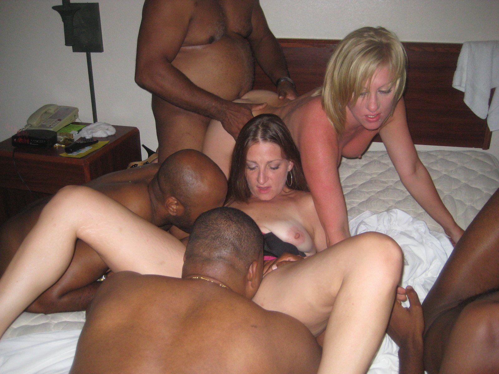 Amateus Porn Married Pics amateur porn orgies . xxx photo.