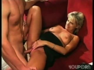 best of Friends Boy mom fucks