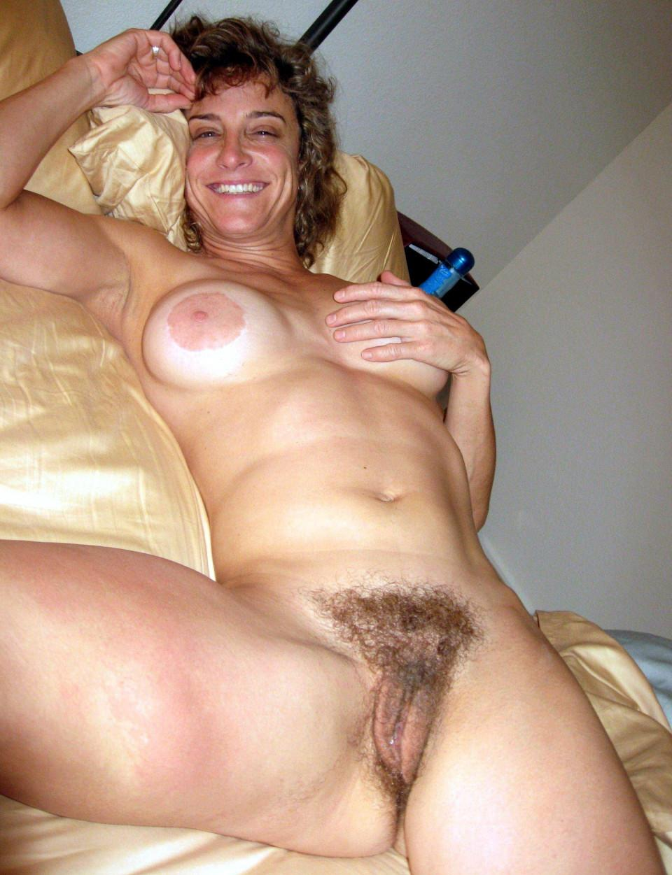 Cute naked picture wife