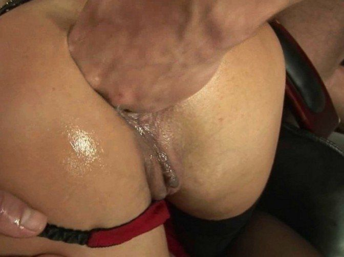 Sexy lesbian girls bang