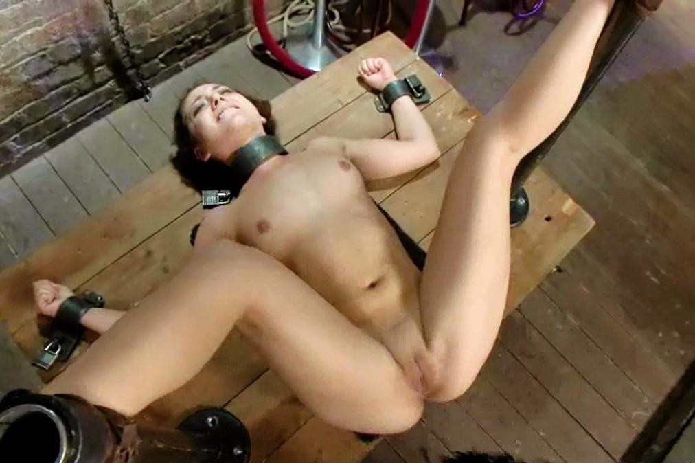 Bbw gaping big dildo