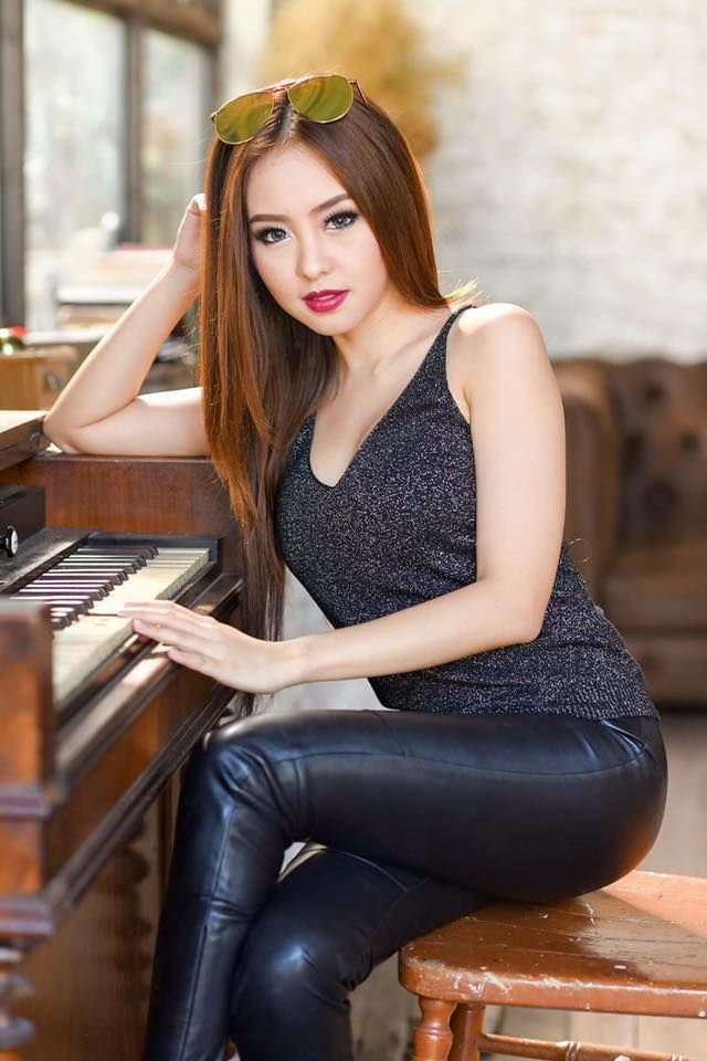 Asian Girls In Leather Porn Pictures Comments