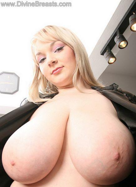 Bbw huge tits blonde