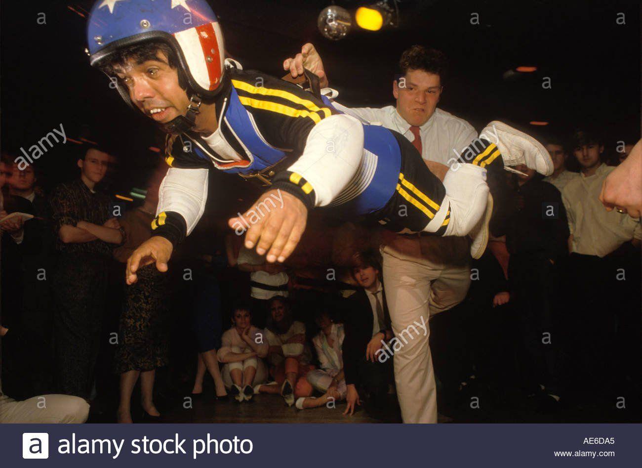 Midget throwing sport