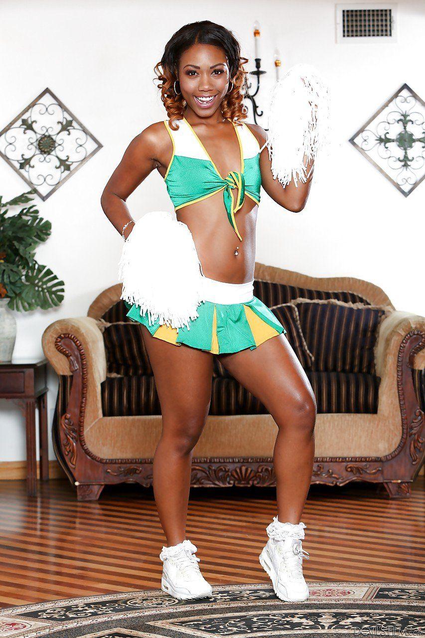 Cheerleader Pussy Upskirt Camel Toe