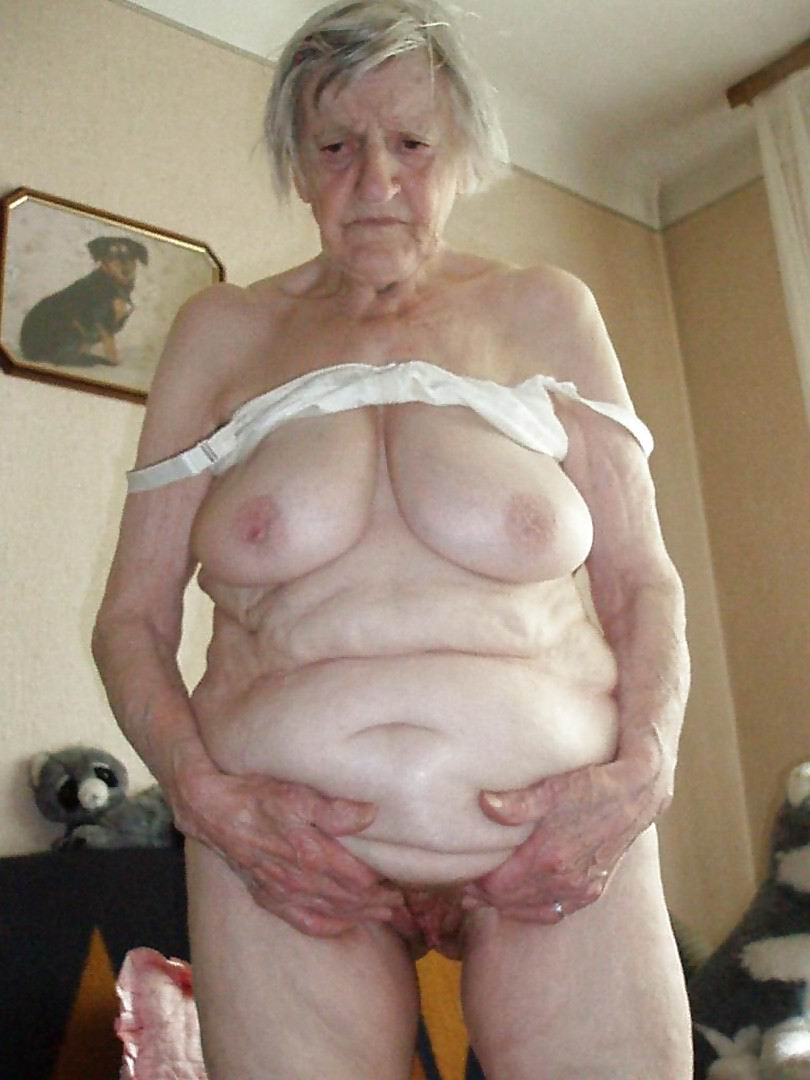 80 Year Old Pussy Fisting