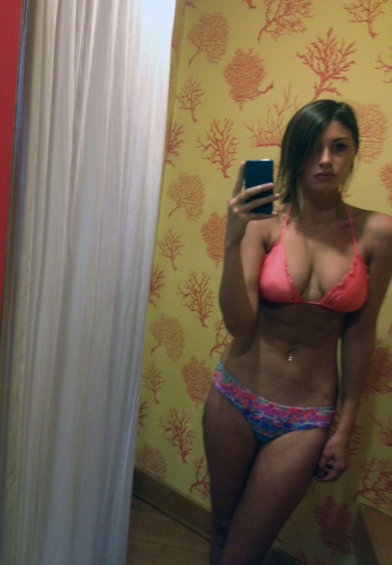 Men nude lockeroom pics candid shower