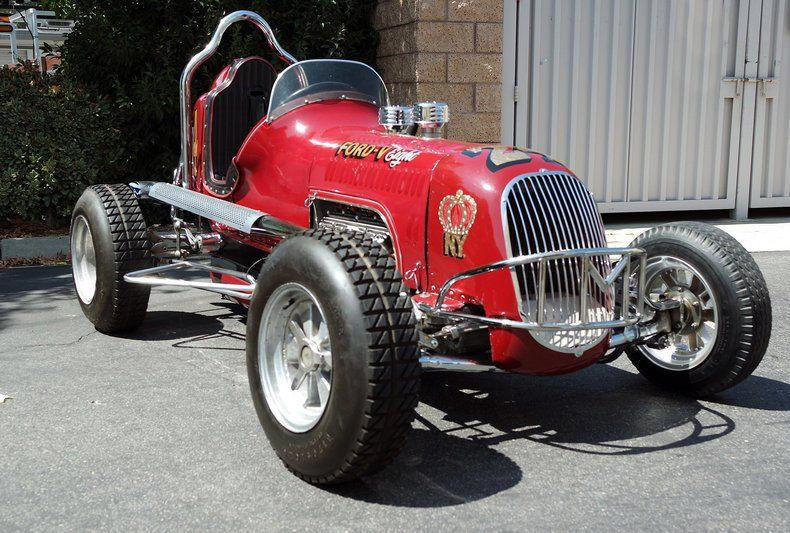 Builders of midget race cars