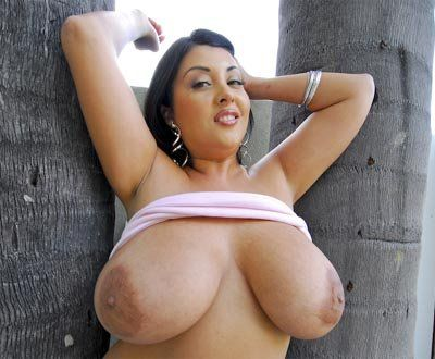 Naked tlatina wuth huge boobs
