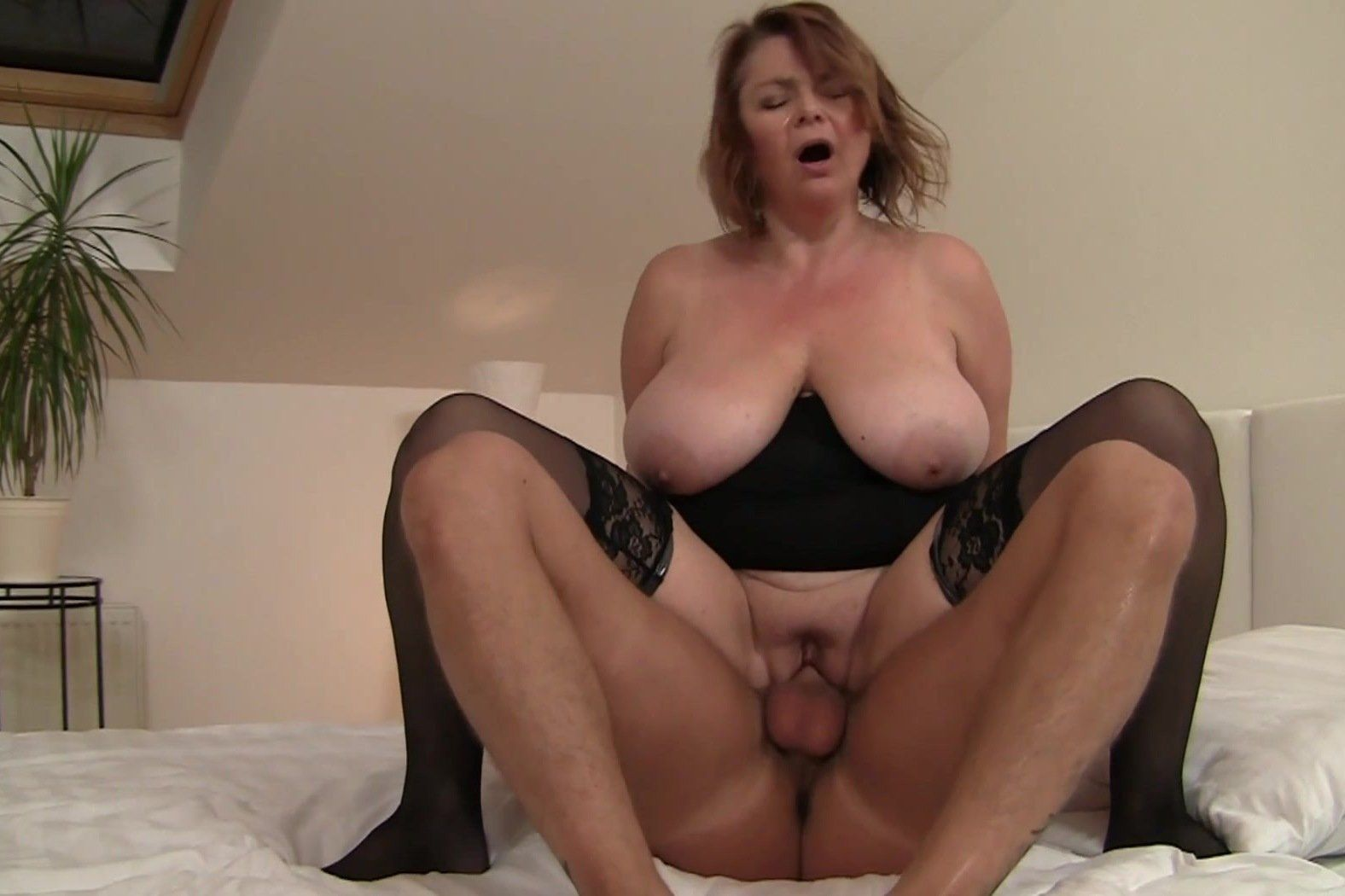 Ass shemale licked gets hole her