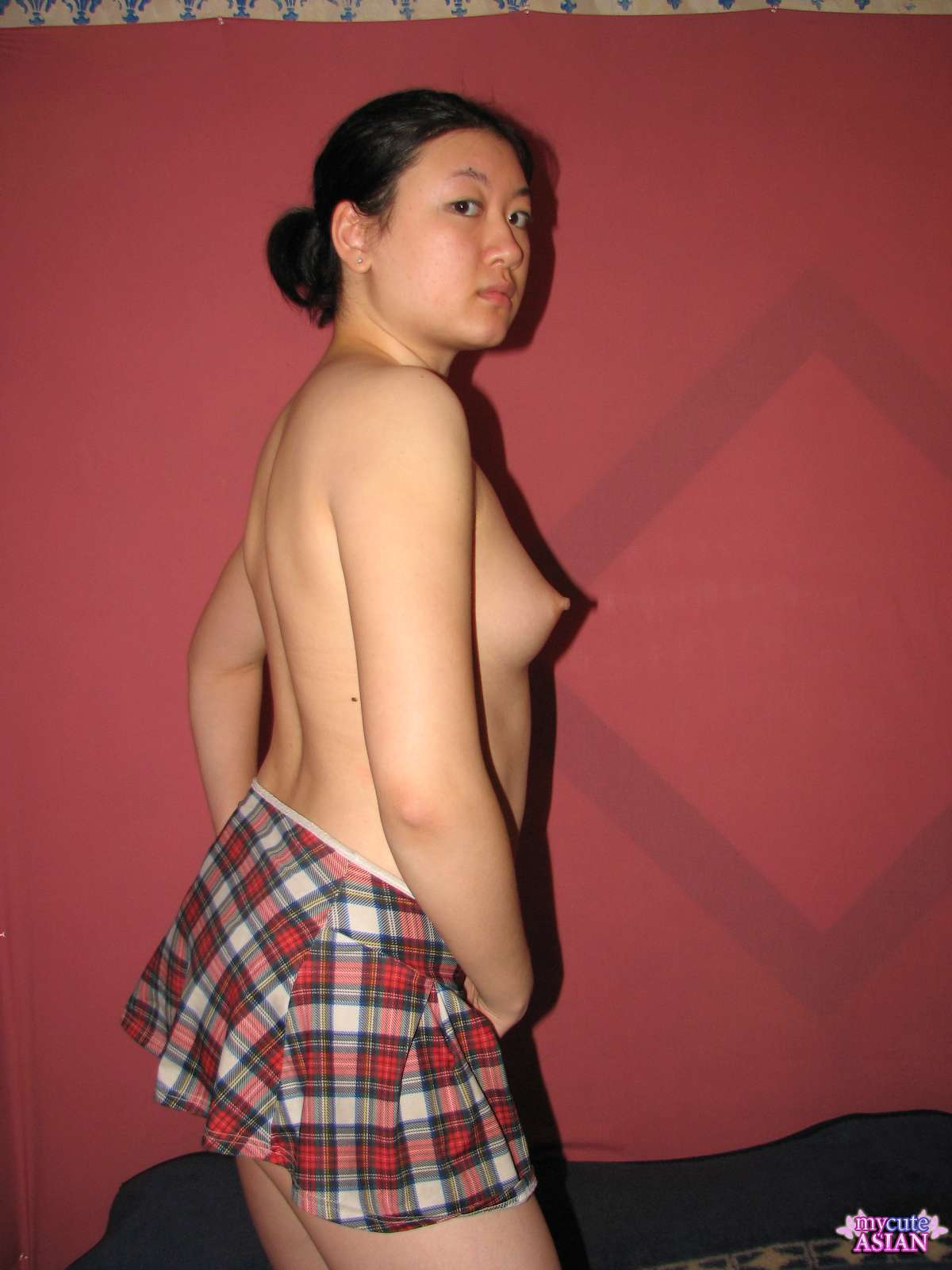 Chinese free photo slut young