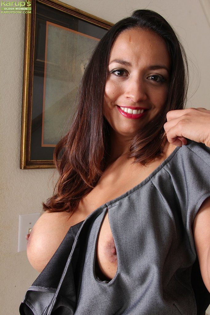 Thanks! Excuse, Upskirt latina mom easier