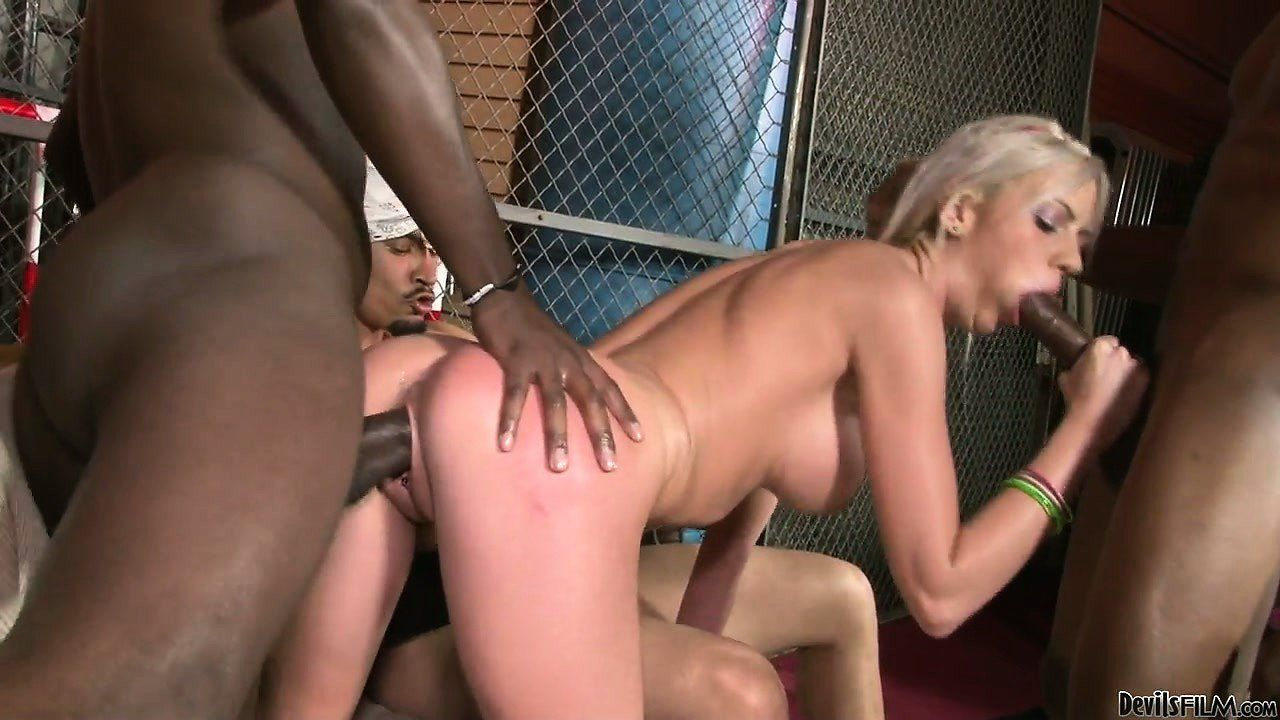 heavy girl gietting fucked