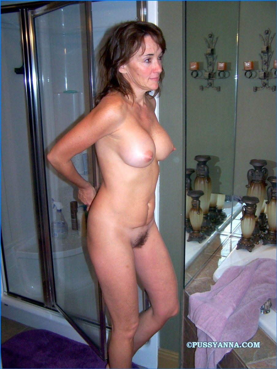 Real wives nude
