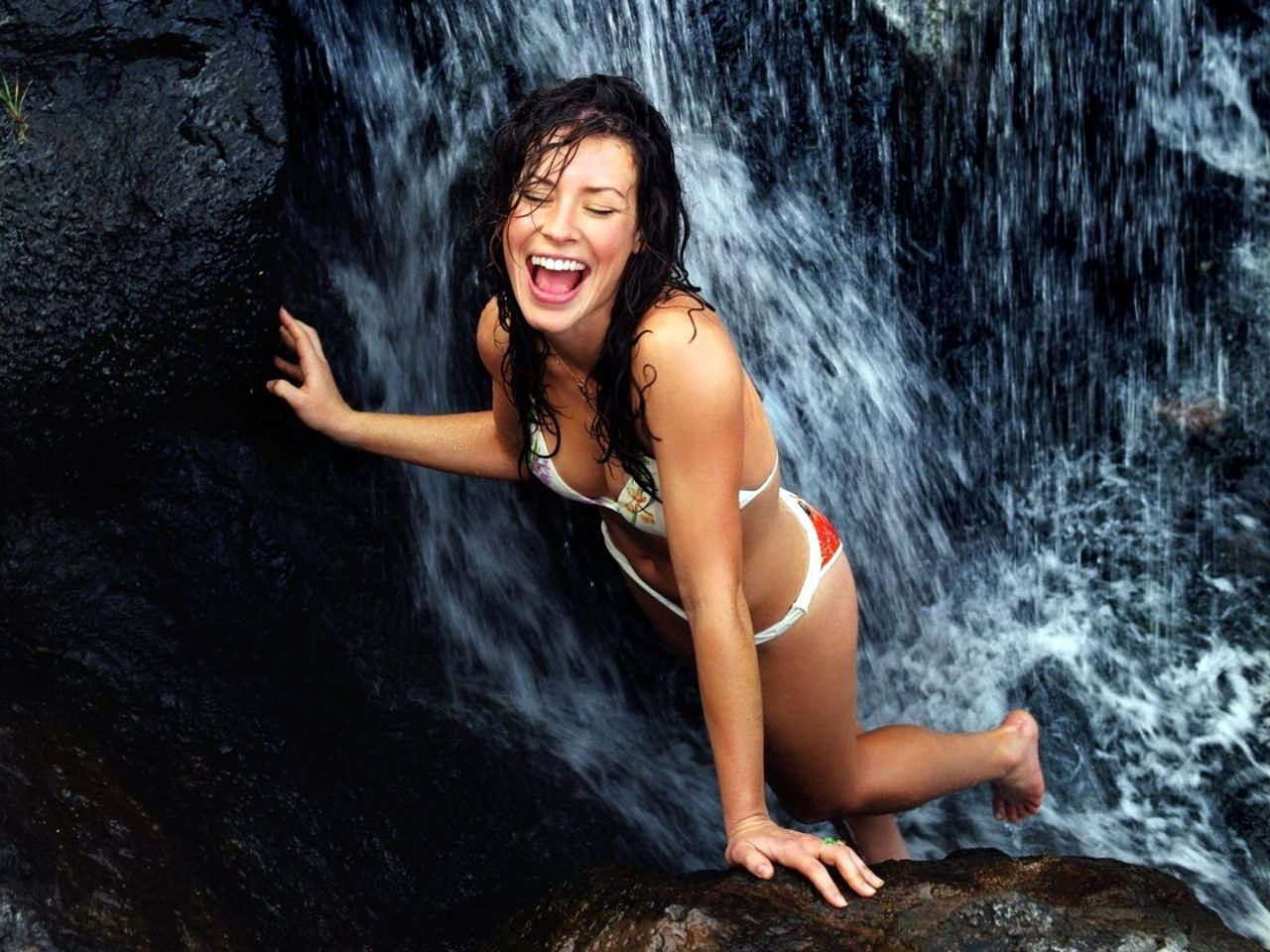Evangeline lilly bikini slip