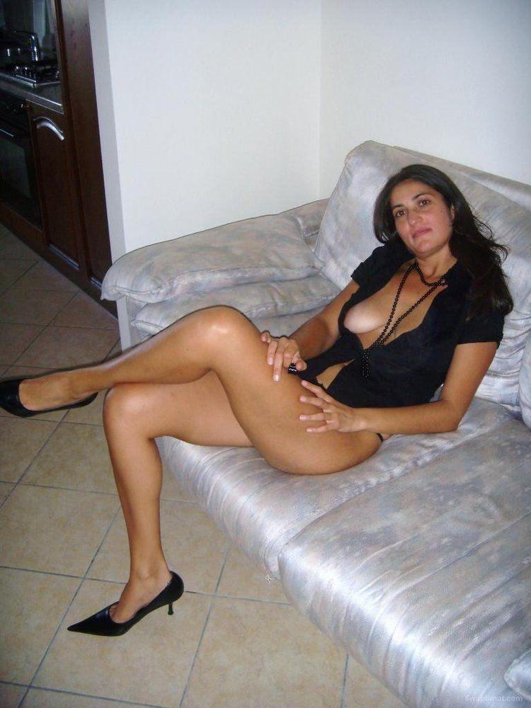 Booty girl nude