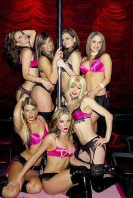 Captain J. reccomend Girls at a strip show