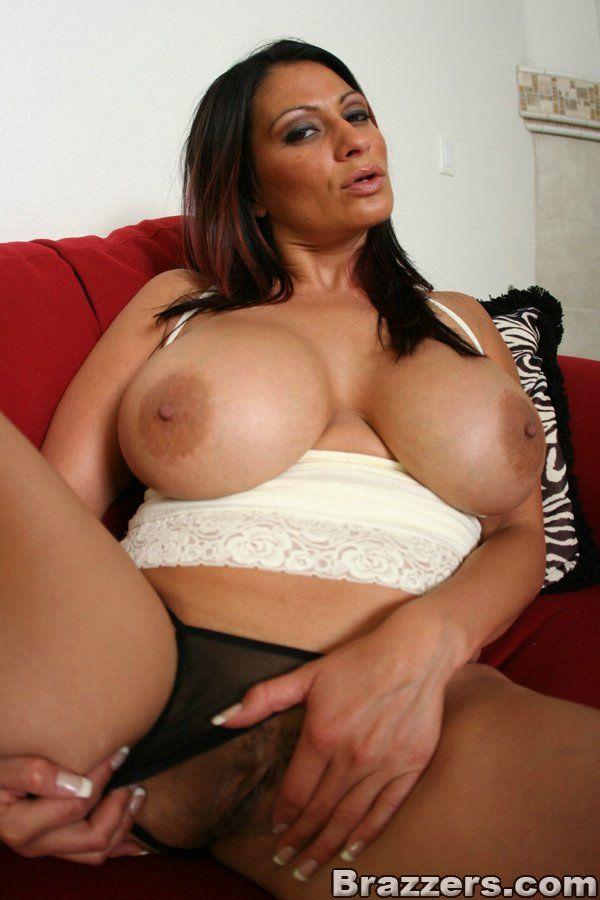 Huge oiled butt women free porn