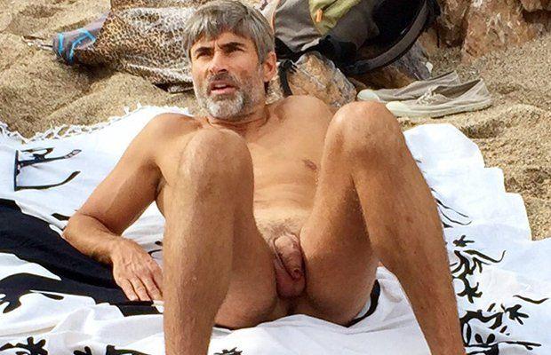 X-Ray reccomend Men nudist beach