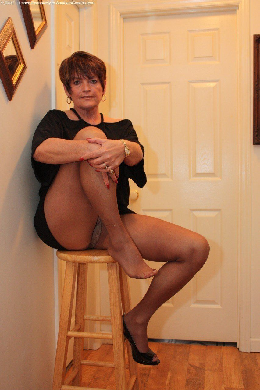 Flamingo reccomend My friends mom in pantyhose
