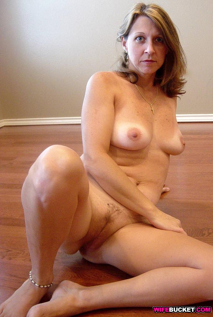 Post yourself nude wife 40