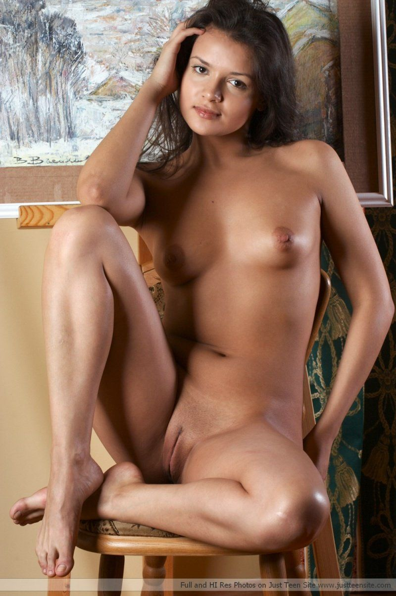 women latina Naked beautiful