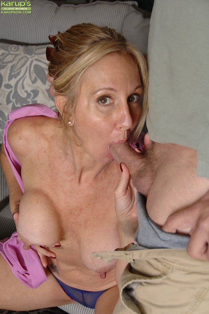 Mature women slut milf