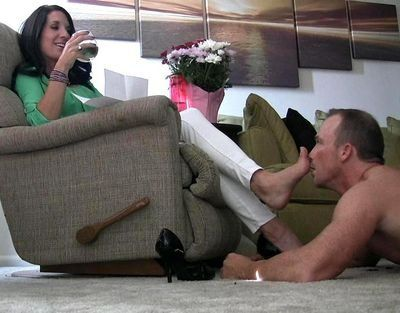 Slave shoes soles lick ashtray cuckold