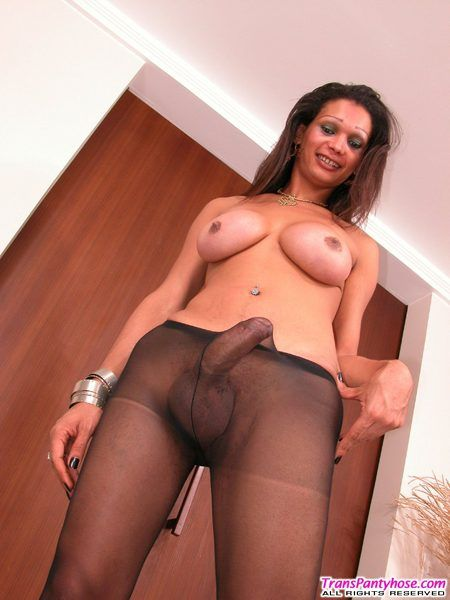 Shemale pics with pantyhose on